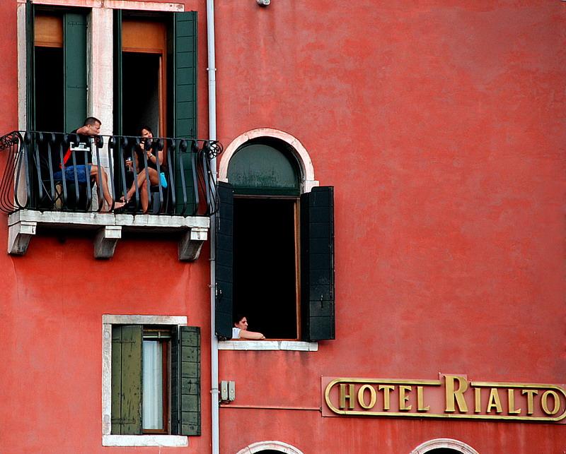 "фото ""соседи"" метки: путешествия, жанр, Европа"