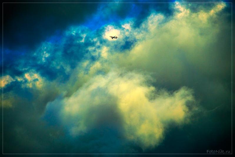 """photo """"Danger job"""" tags: landscape, misc., clouds"""