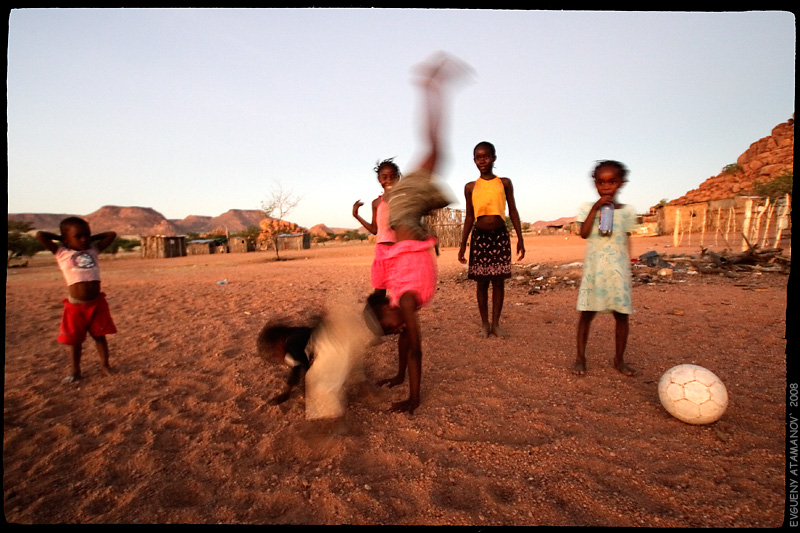 """photo """"Village. Football. Africa. (1)"""" tags: genre, travel, Africa"""