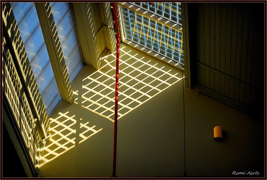 "photo ""lights and shadows"" tags: interior, fragment,"