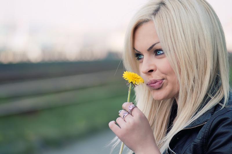 Картинки про блондинок прикольные