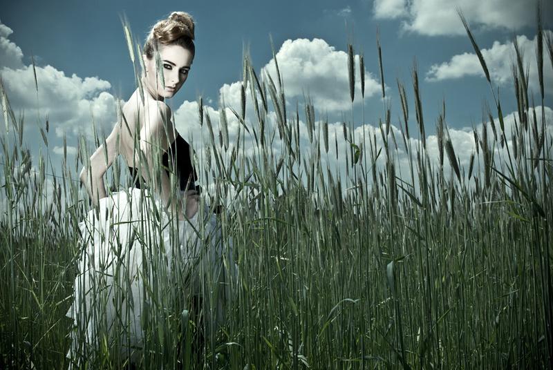"""photo """"generation next"""" tags: portrait, woman"""