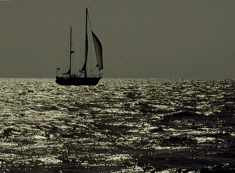 "photo ""NAVIGATION"" tags: landscape, sunset, water"