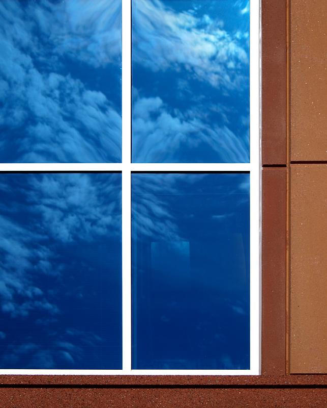 """photo """"true blue"""" tags: architecture, fragment, landscape,"""