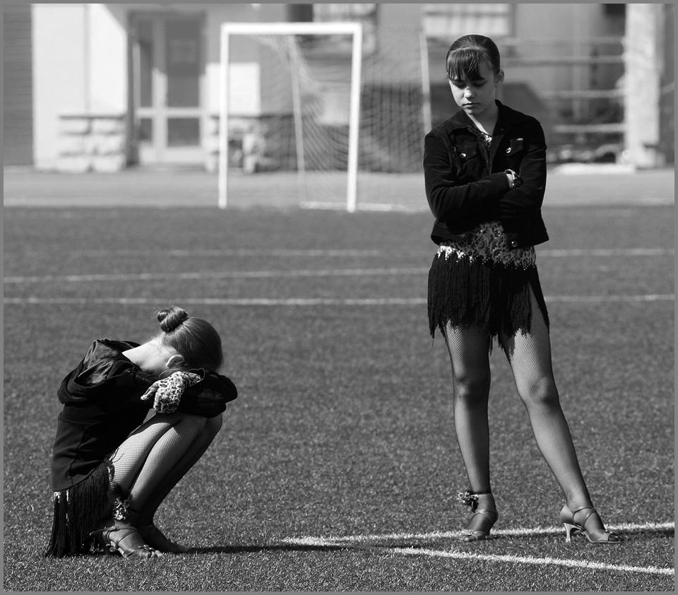 """фото """"Конфликт на футбольном поле..."""" метки: жанр,"""