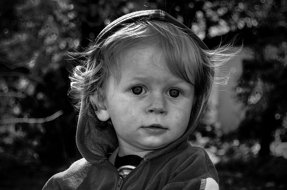 "photo ""KACPER"" tags: portrait, black&white, children"