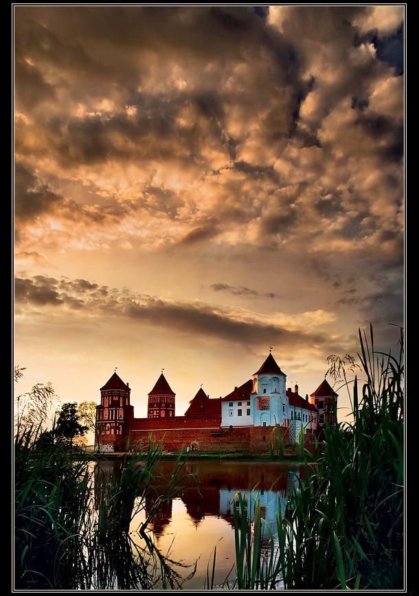 """фото """"Мирский замок"""" метки: архитектура, пейзаж, закат"""