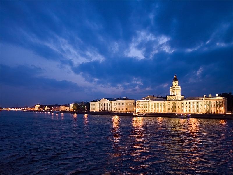 """photo """"The city on Neva River"""" tags: landscape, city, night"""