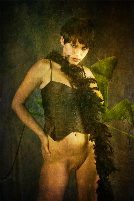 """photo """"Mantis religiosa"""" tags: nude,"""