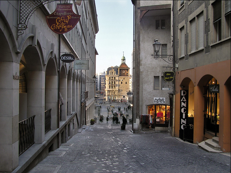 "photo ""On the streets of Geneva"" tags: travel, city, Europe"