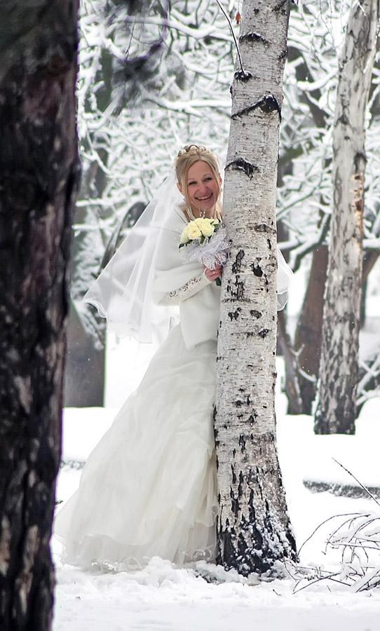 """photo """"June Bride"""" tags: portrait, genre, woman"""
