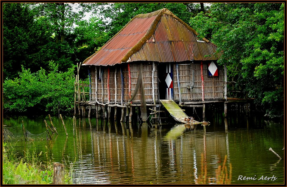 """photo """"cottage on the water"""" tags: architecture, landscape, water"""