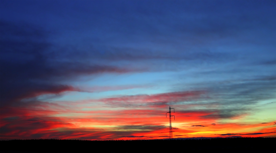 "photo ""Electrical sunset"" tags: landscape, sunset"