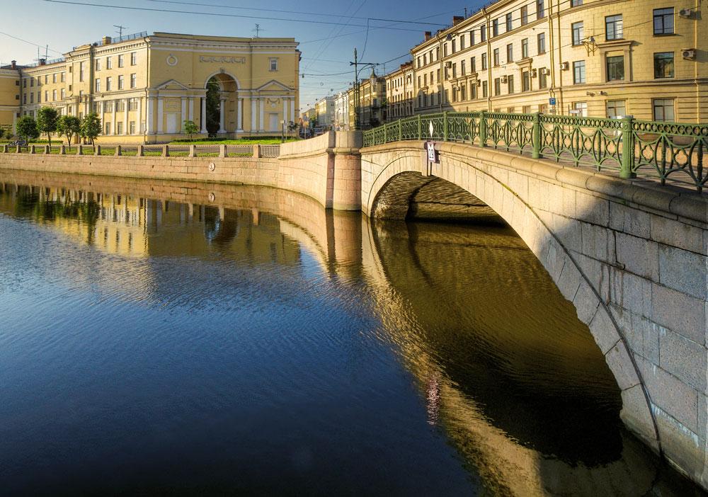 """фото """"В лучах восходящего солнца"""" метки: архитектура, город, пейзаж,"""