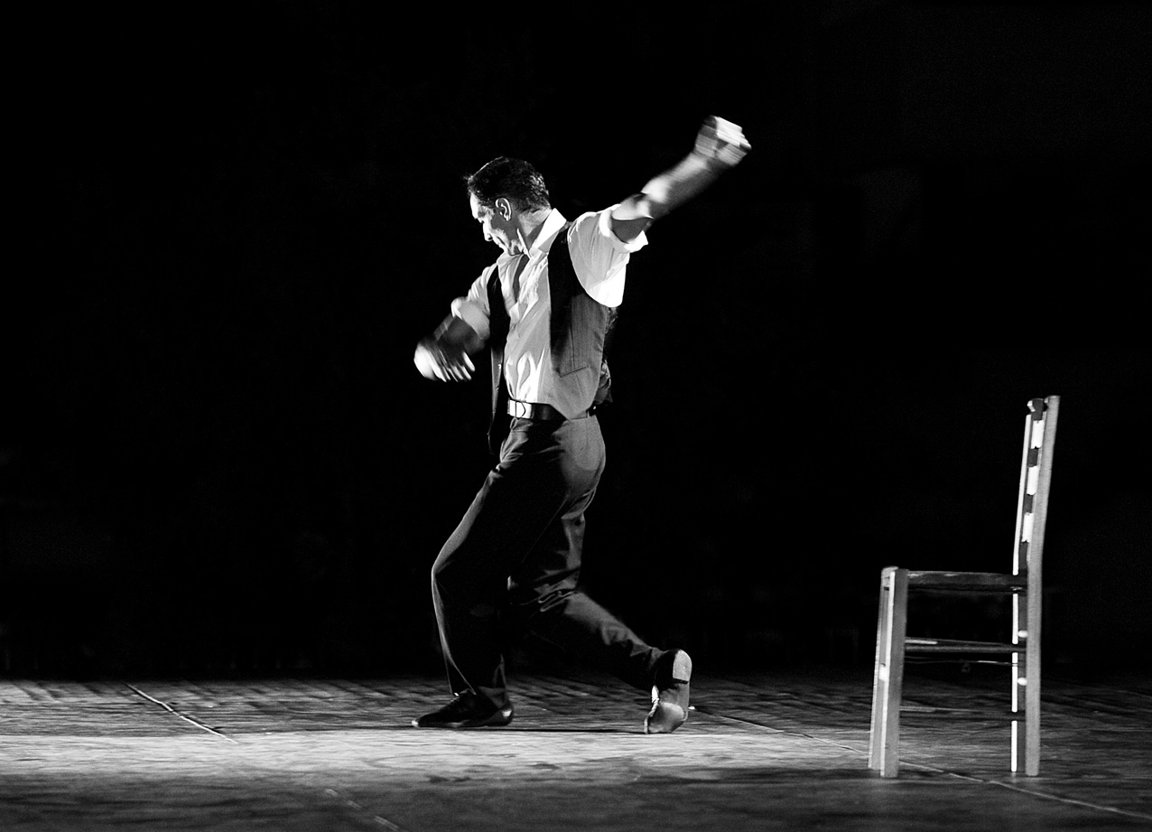 "photo ""Zempekikos Dance"" tags: black&white,"