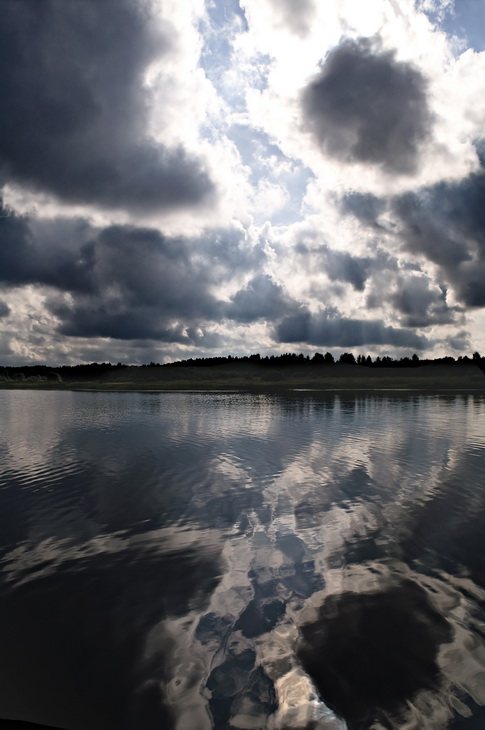 "photo ""***"" tags: landscape, clouds, water"