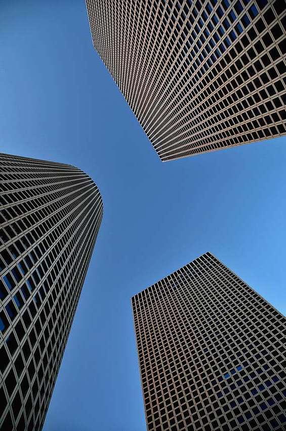 "photo ""Upwards"" tags: city, architecture, landscape,"