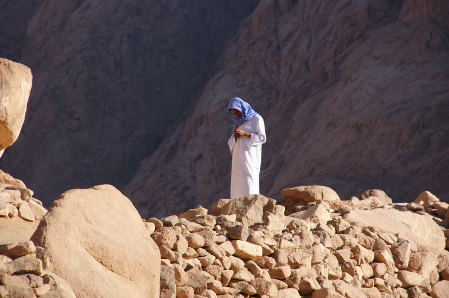 "фото ""Молящийся"" метки: портрет, путешествия,"
