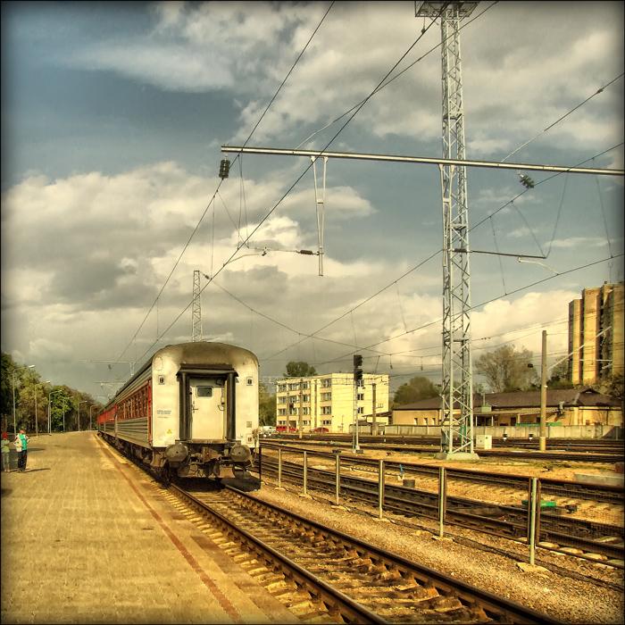 "фото ""чемодан-вокзал-Москва"" метки: город,"
