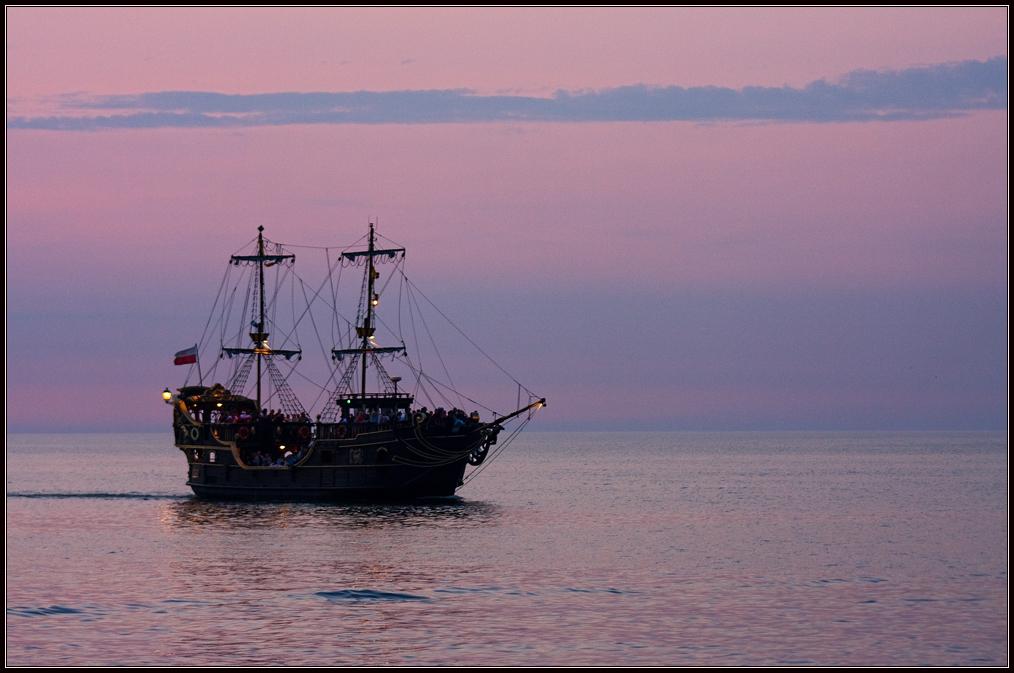 "фото ""Конкиста в фиолетовом"" метки: пейзаж, путешествия, Европа, закат"
