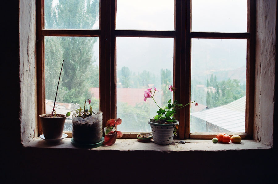 "фото ""Окно деревенское"" метки: натюрморт, интерьер,"
