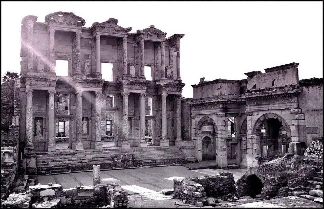 """фото """"Свет веков . Библиотека Эфеса"""" метки: путешествия, архитектура, пейзаж,"""