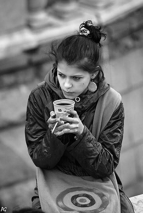 """фото """"кофе и сигареты."""" метки: портрет, женщина"""
