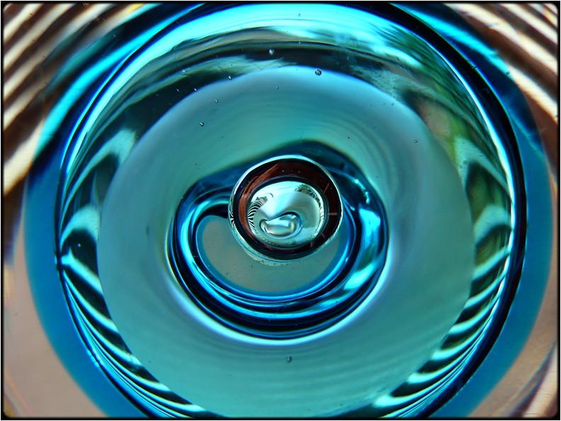 """photo """"green eye"""" tags: abstract, macro and close-up,"""