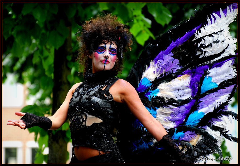 "photo ""colorful butterfly"" tags: portrait, reporting, woman"