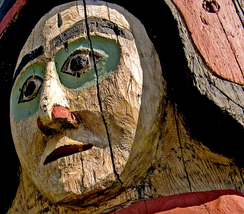 "photo ""Face On Totem Pole"" tags: still life,"