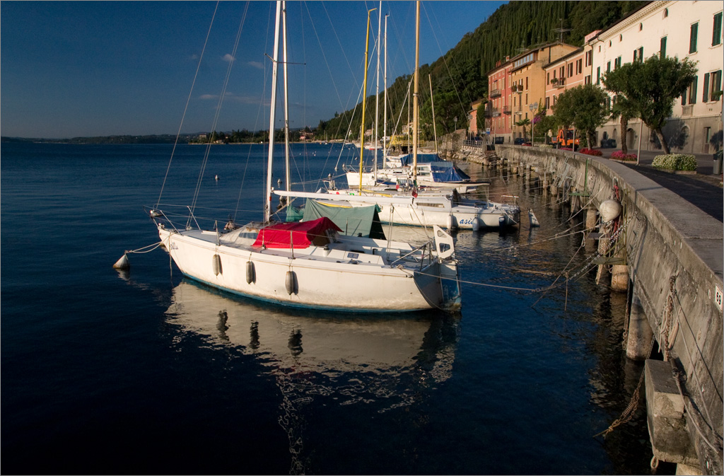 "photo ""Morning on Lake Garda"" tags: landscape, summer, water"