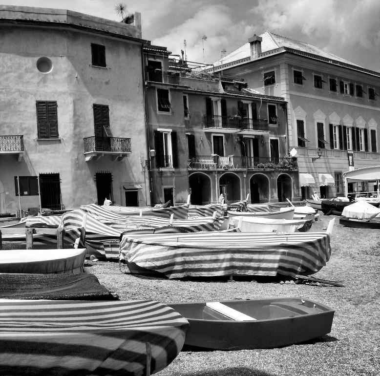 """photo """"Sestri Levante"""" tags: black&white,"""