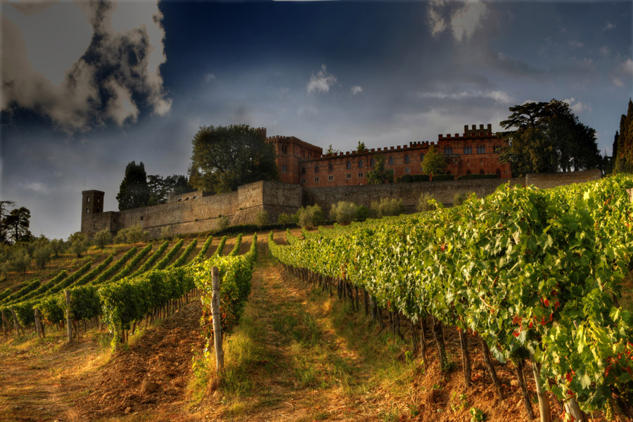 """photo """"Castello di Brolio"""" tags: architecture, travel, landscape, Europe"""