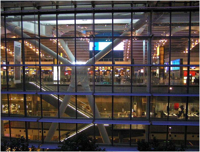 "photo ""5th terminal"" tags: interior, travel, Europe, Лондон"