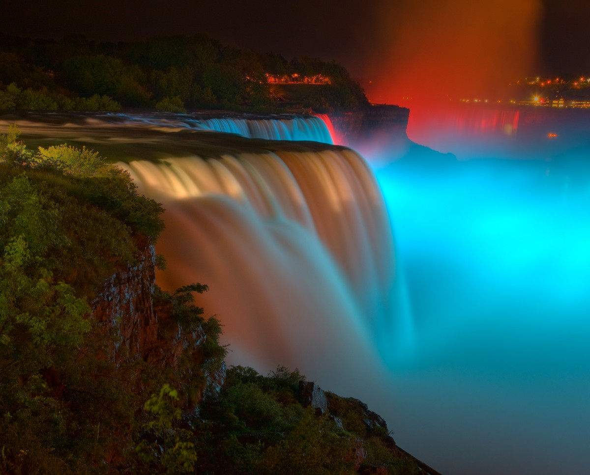 "photo ""Niagara extravaganza"" tags: landscape, night, water"
