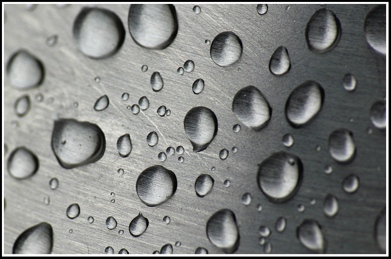 "photo ""Water Drops On Metal"" tags: macro and close-up, fragment,"