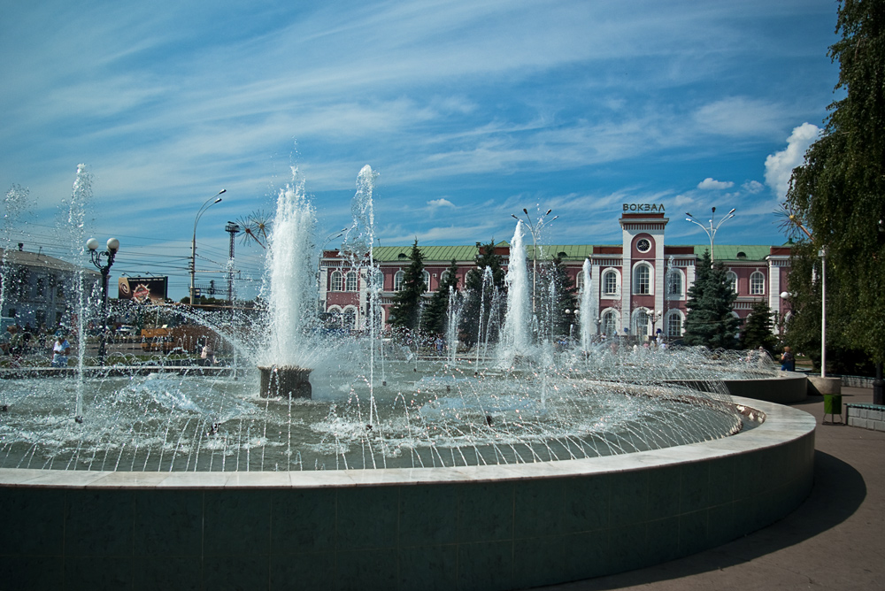 "photo ""Fountains near to station"" tags: city, architecture, landscape,"