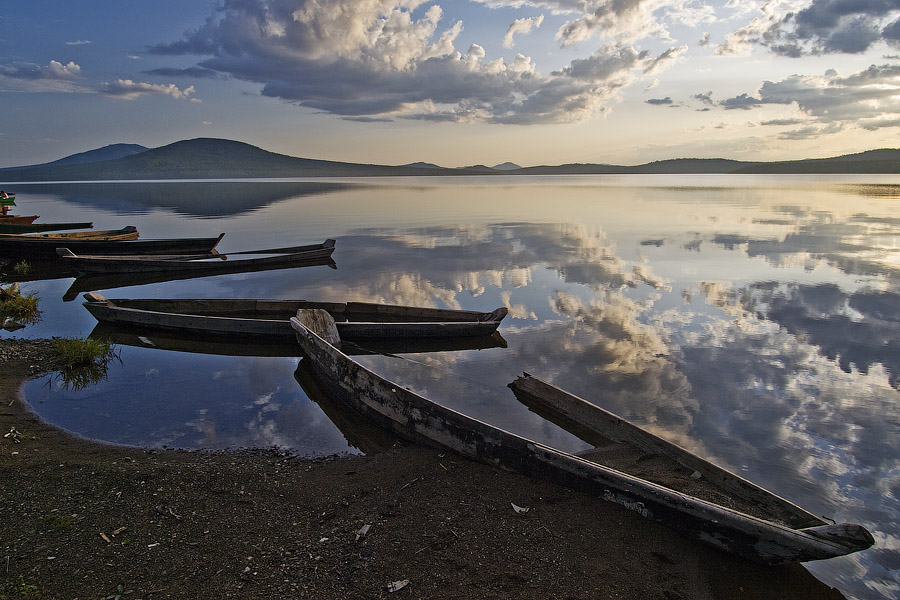 "photo ""Boats on the lake"" tags: landscape,"