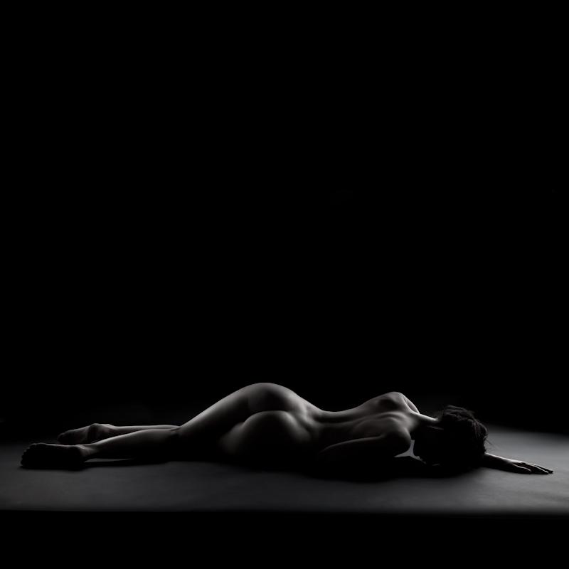 """photo """"Obscures #25"""" tags: nude, Art, beautiful, beauty, bodyscape, girl, light, model, studio, woman, women"""