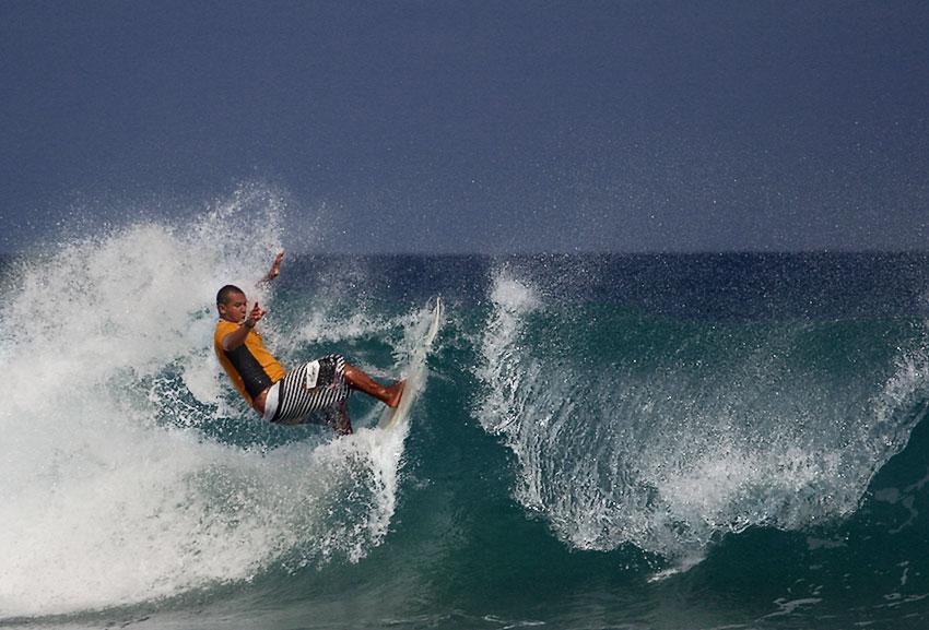 "фото ""Fernando de Noronha Surfing #1"" метки: спорт,"