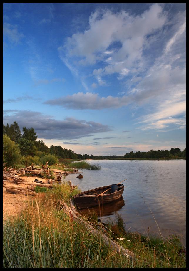"""фото """"Пейзаж с лодкой"""" метки: пейзаж, вода"""
