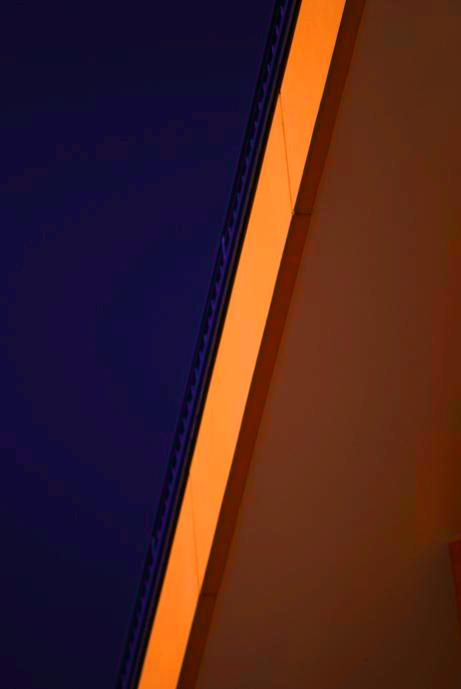 "фото ""sky & wall 02"" метки: архитектура, пейзаж,"