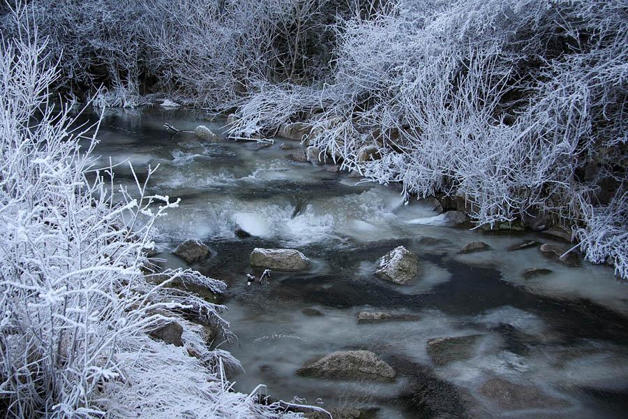 """фото """"Заколдованная речка."""" метки: пейзаж, вода, зима"""