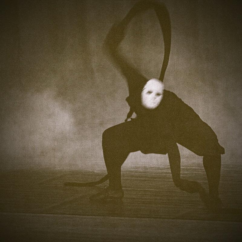 """фото """"Ночной гость (2009)"""" метки: жанр,"""