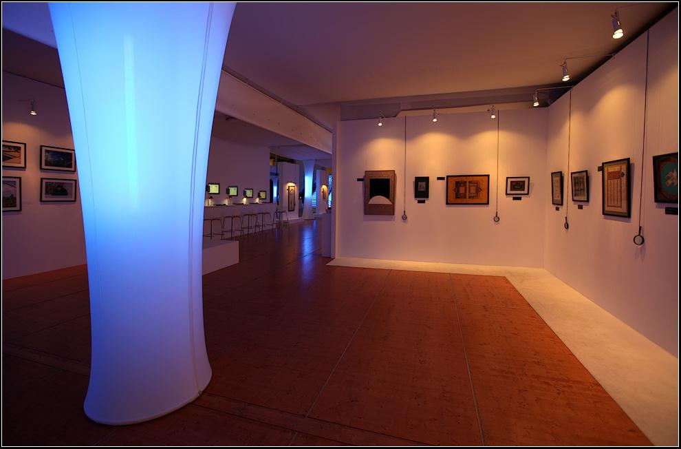 """фото """"Выставка каллиграфии"""" метки: интерьер, репортаж,"""