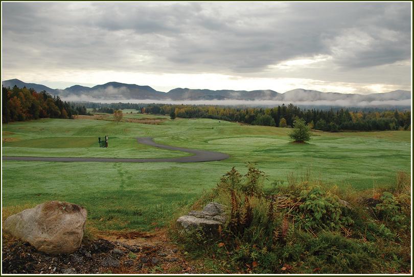 """фото """"Утром на поле для игры в Гольф."""" метки: пейзаж, лес, осень"""