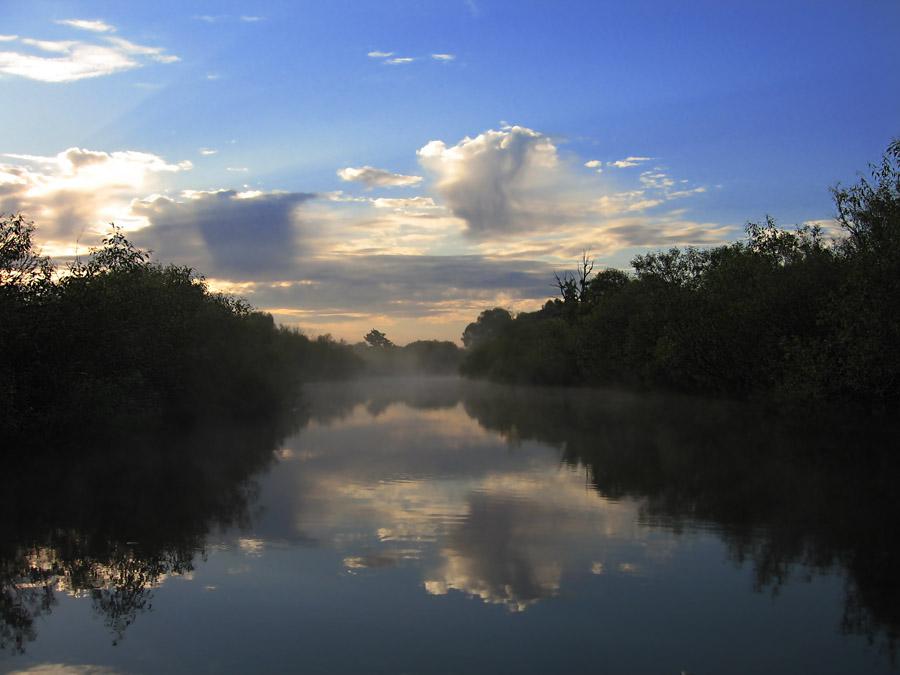 """фото """"Туман на Припяти"""" метки: пейзаж, вода, облака"""