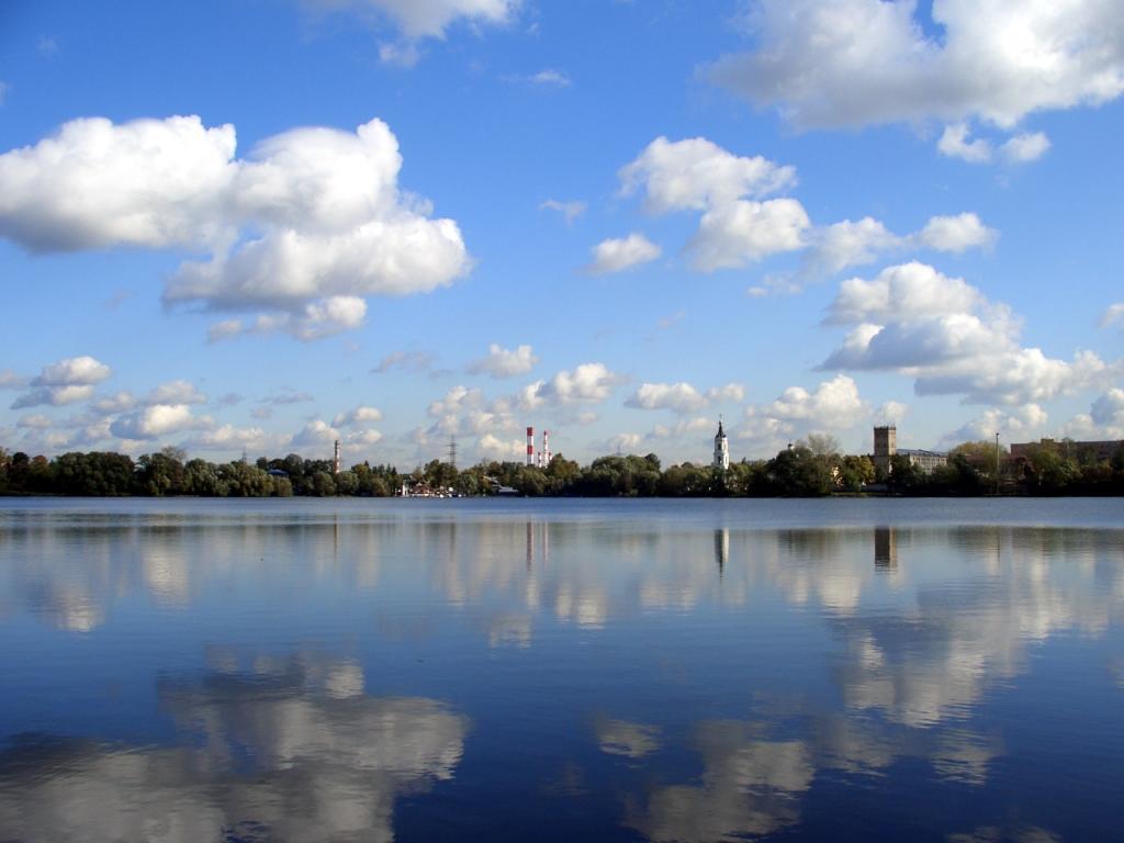 """фото """"Москва. Облака октября"""" метки: пейзаж, вода, облака"""
