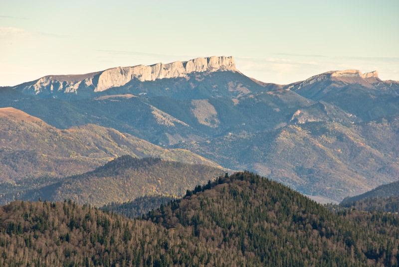 """фото """"Вид на Большой Тхач"""" метки: пейзаж, горы, осень"""