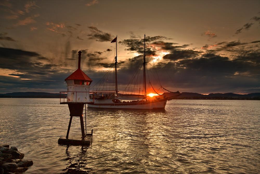 "фото ""Sunset."" метки: пейзаж, вода, закат"